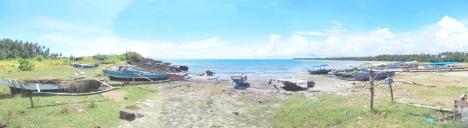 Pantai SITAMBAI NASI di Sirombu (Ke arah Nias Utara)